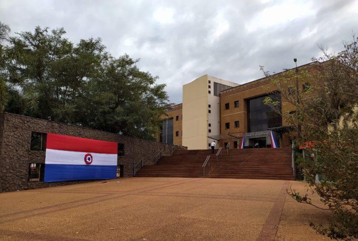 El Palacio de Justicia de Pedro Juan Caballero se viste de gala